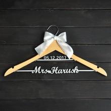 На заказ Свадебная Вешалка с бантом, две линии вешалка с именем, Персонализированные Свадебные вешалки, имя подружек невесты