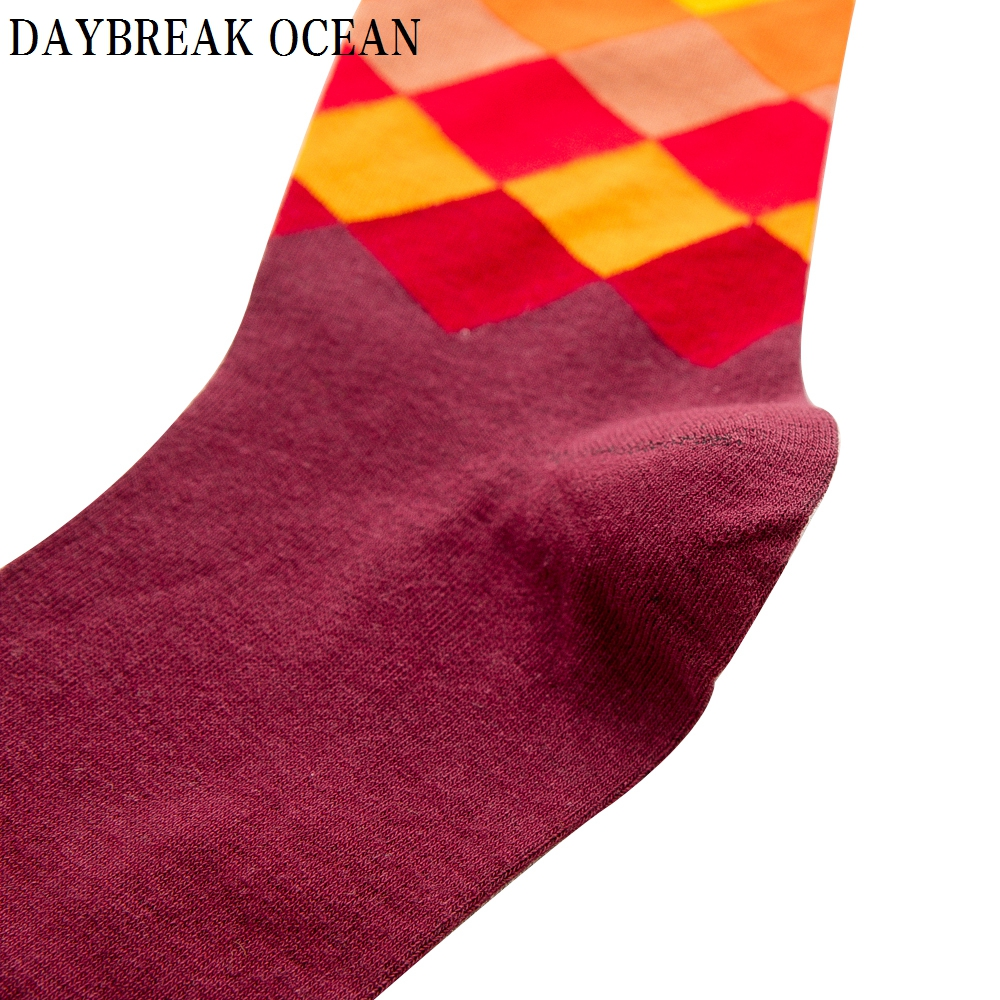 Image 4 - Big Size 20 Pcs=10 pairs/Lot Gradient Colorful Combed Cotton Socks Men Casual Fashion Autumn Crew Socks Funny Happy Men Socks-in Men's Socks from Underwear & Sleepwears on AliExpress