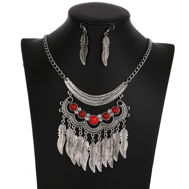 Good Luck Charming Set Necklace and Earrings