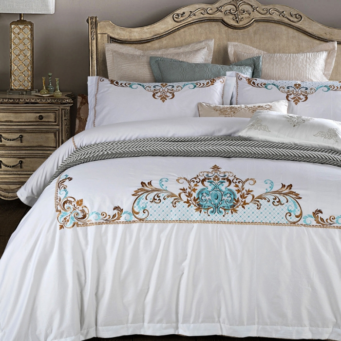 2017 luxury white embroidery bedding bedding set 4pcs queen king king size cotton girl. Black Bedroom Furniture Sets. Home Design Ideas