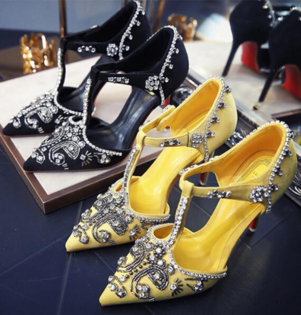 Sexy parte inferior vermelha sapatos de salto alto luxo strass pontas do dedo do pé das mulheres T-tipo de alta-salto alto mulheres sapatos de casamento da dama de honra sapatos 7.5/10 cm