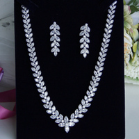 Hot European Design AAA CZ Zirconia Simple Delicate Leaf Wigs Royal Short Necklace And Earrings Jewelry