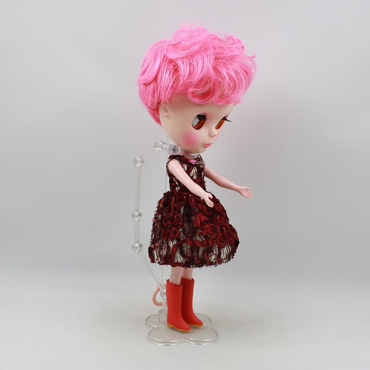 Neo Blythe Doll Pink Stand 13