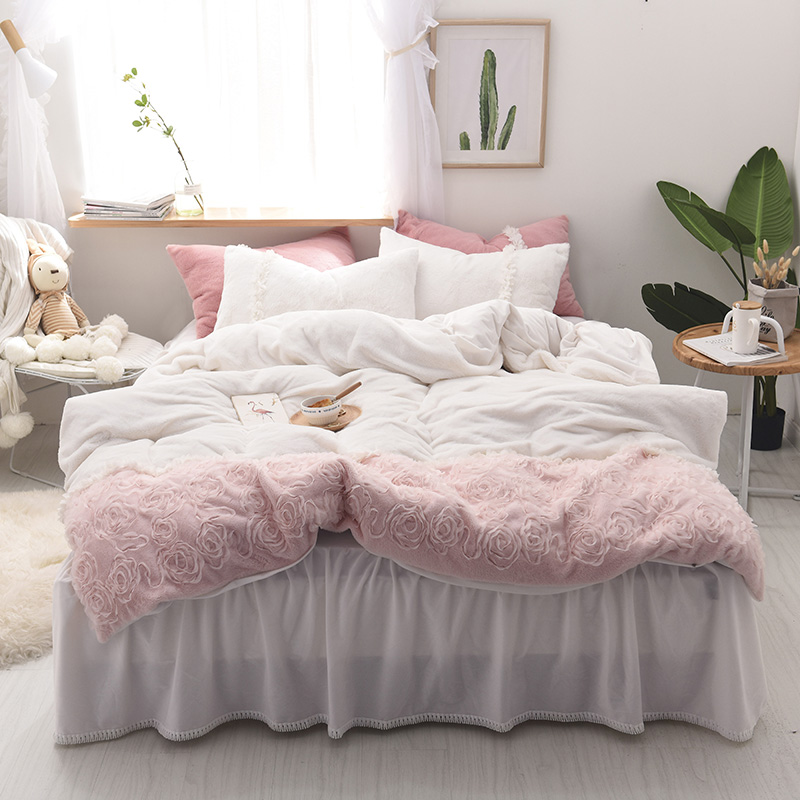 Rabbit Velvet Princess Lace Bedding Sets Stereo Applique Fleece Duvet Cover Tassels Bed skirt Twin Queen King size 3/4 pcsRabbit Velvet Princess Lace Bedding Sets Stereo Applique Fleece Duvet Cover Tassels Bed skirt Twin Queen King size 3/4 pcs