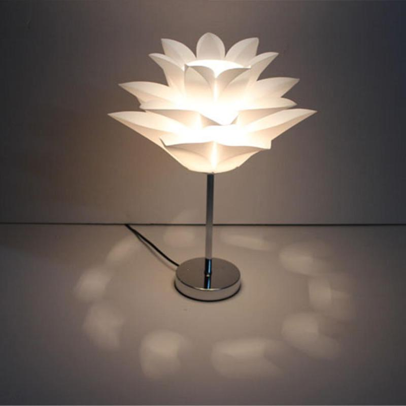 Modern Table Lamps Lotus Water Lily Shape Bedside Lamp Reading Room Light Sitting Room Crystal Table Lamp Light S3 office table decoration led desk lamp nightlights bedside room sitting room heart shape feather crystal table lamp