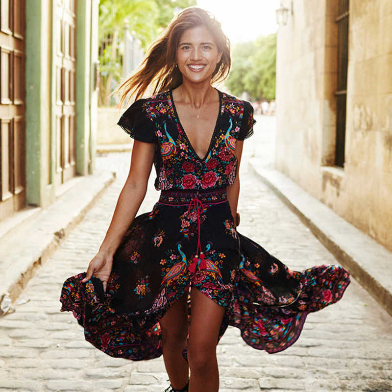 417cbe20de9 ... Лето Boho платье Для женщин Этническая Sexy печати Ретро Винтаж платье  с бахромой пляжное платье в ...