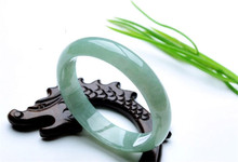 2018 Top Quality 100% Natural Grass-green Guizhou Tsui Jades Round Bangle&Bracelet Womens Gift Light Green Bangle Jewelry