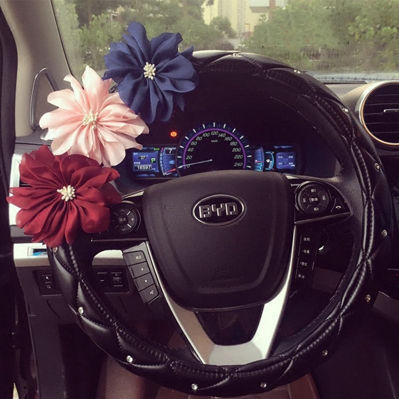 Cute Crystal Flowers Auto Car Volante cubierta de cuero Rhinestone - Accesorios de interior de coche