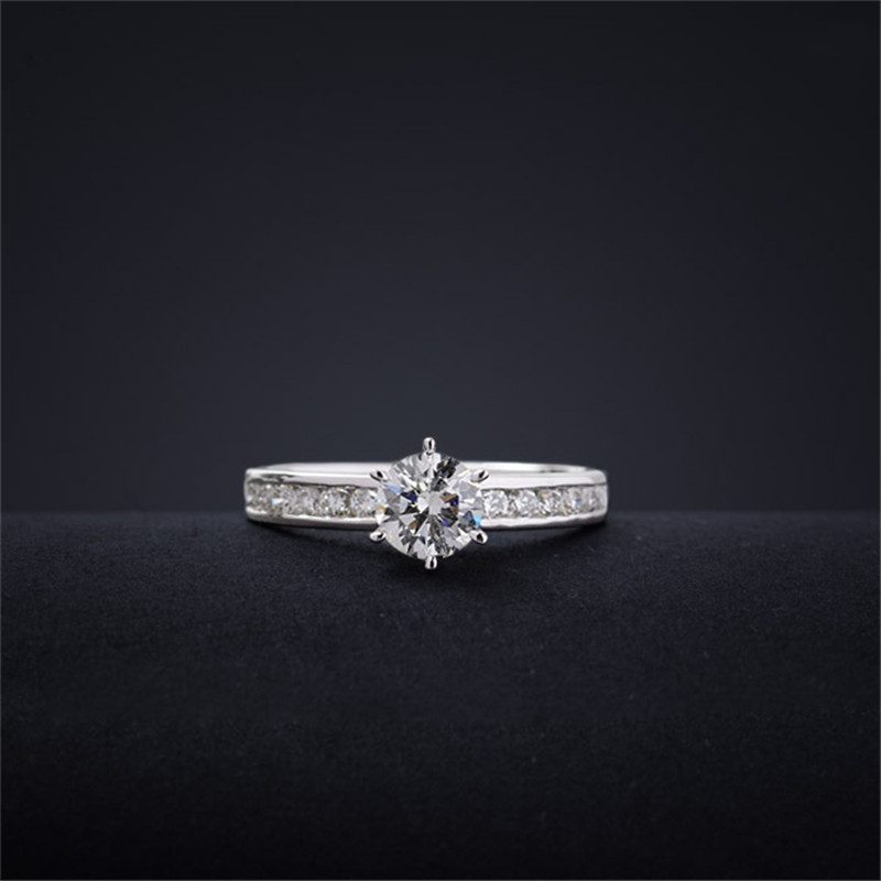 How are diamond accents used in jewelry?