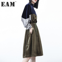 EAM 2017 New Autumn Laple Long Sleeve Hit Color Green Velour Split Joint Loose Big