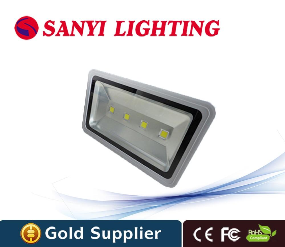 Горячие салов IP65 Светодиодный прожектор 200 Вт УДАРА Чип 85 В-265 В Водонепроницаемый заливающее Llight открытый лампа/теплый белый/RGB