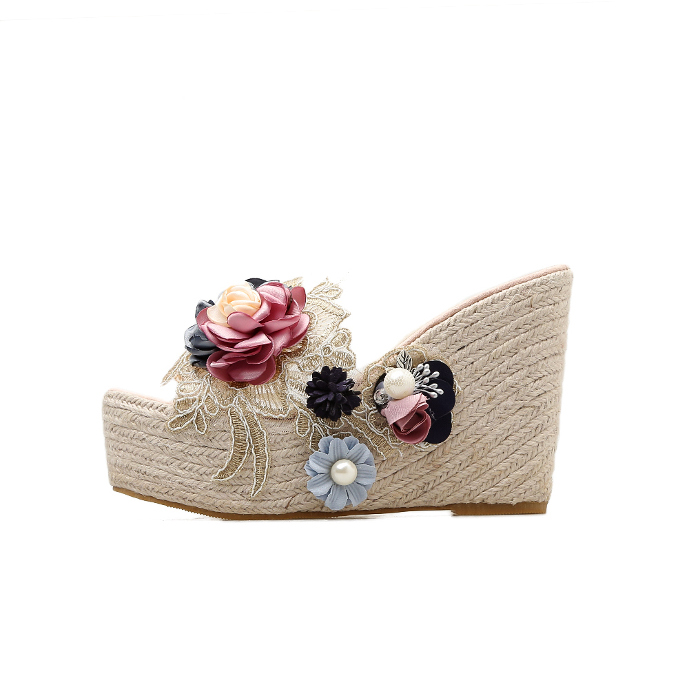 Bohemia Pearl 3D Flower Sandals Lace Embroidered