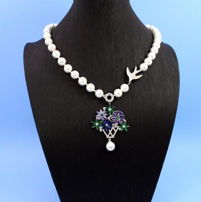 Marque de mode bijoux pour femmes naturel coquille perle fleur collier fantaisie couleur pendentifs collier chaîne bijoux