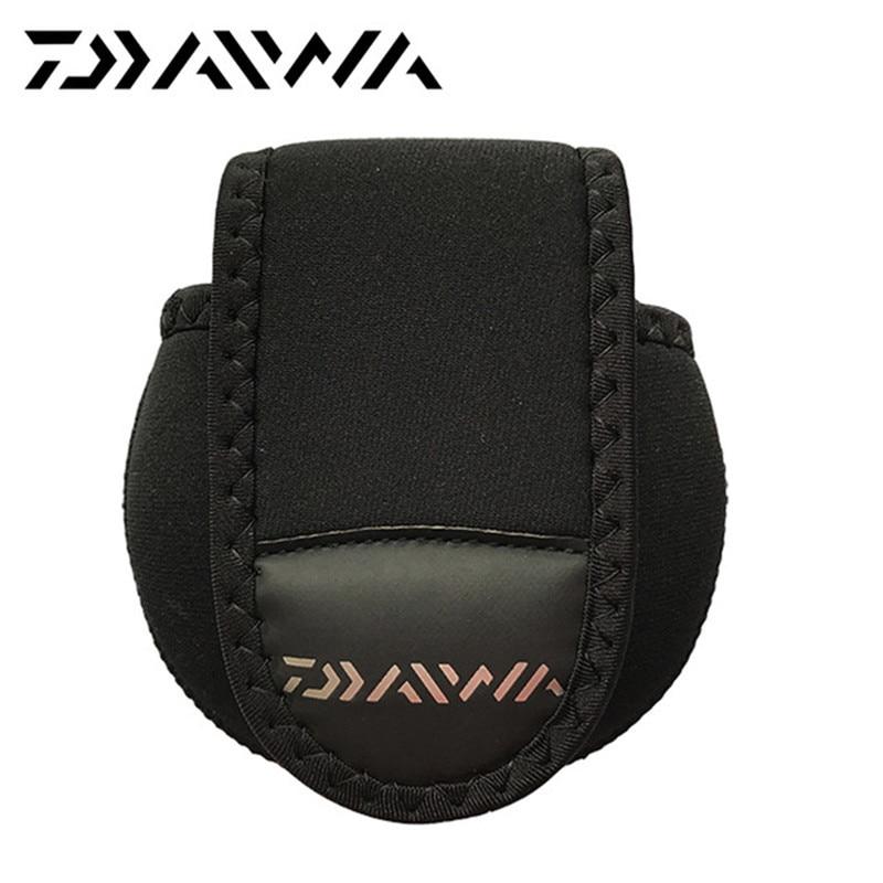 Daiwa Fishing reel bag 12cm * 11cm Protector cover Casting reel Fishing Reel outdoor sport Borse pesca alla carpa borsa nera pesca