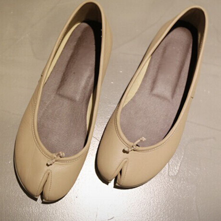 new Divided toe Japan style female genuine cow leather women fashion flats  shoes Apricot sweet round round girl ballet shoes-in Women s Flats from  Shoes on ... 8a73ba74c57d