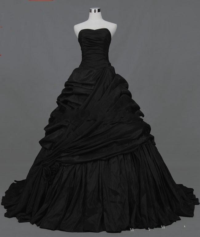 Cecelle 2019 Vintage gothique victorien noir robes de mariée chérie Corset retour Pick-up taffetas Non blanc robes de mariée
