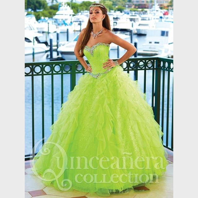 f488cfff412 Brillante piso largo quinceañera vestidos Lime Green Ball vestidos de tul  con lentejuelas volantes dulce 16