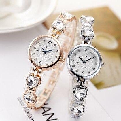 Nuevo 2017 marca JW Crystal pulsera Relojes mujeres reloj de lujo del oro  de Rose relojes de pulsera señoras casual reloj de cuarzo analógico en  Relojes de ... a6538f7c69d1