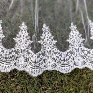 Image 4 - Echt Fotos 2 Schichten Pailletten Spitze 3 Meter Kathedrale Woodland Hochzeit Schleier mit Kamm 3 M Lange Weiß Elfenbein 2 T Braut Schleier