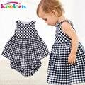 Keelorn bebê girls dress 2017 casual xadrez sem mangas turn-down collar princess dress + shorts da manta de 2 pcs crianças conjuntos de roupas