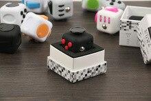 Оригинал Непоседа Куб Kickstarter Снимает Стресс и Тревогу Головоломки Spinner Кости Игрушки Для Детей и Детей Непоседа Дело Куб Игрушка