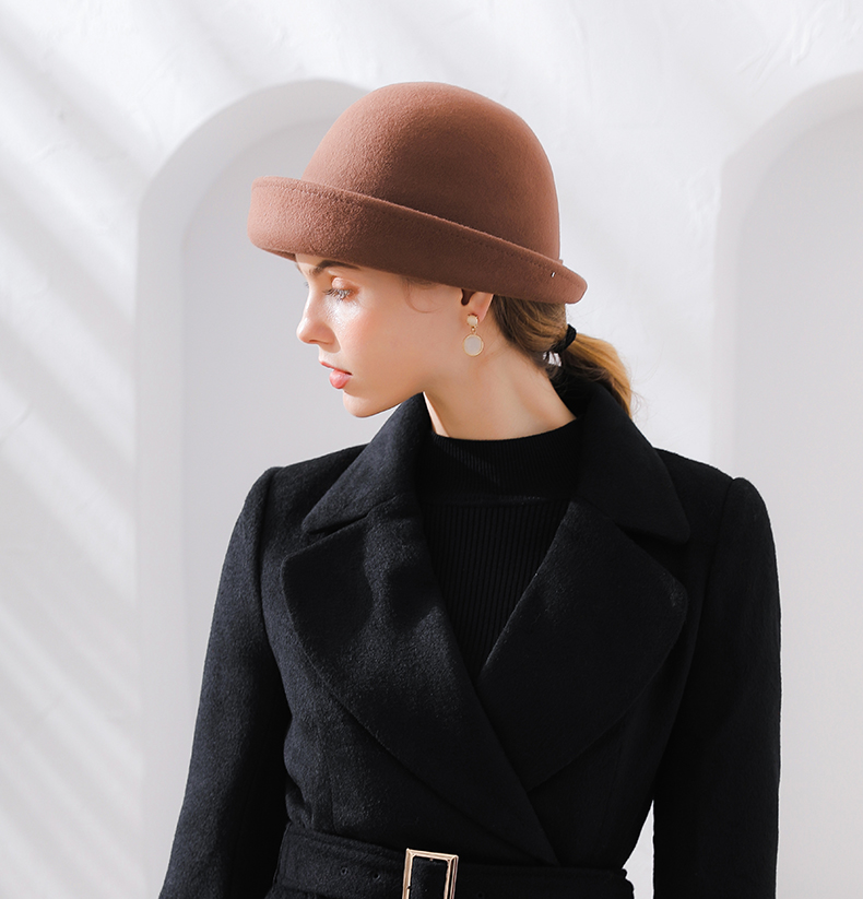 brown hat lady