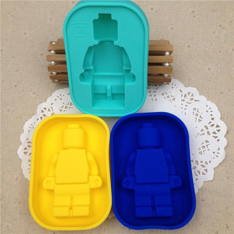 Free Shipping 200pcs/lot LARGE Robot Man Mini figure Silicone Chocolate Ice Cake Soap Mold Mould Silicone Baking Pan WA0903
