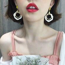 цена на Korean Big Acrylic Drop Dangle Earrings For Women Simple Round Circles Long Earring 2019 Fashion Jewelry Bijoux