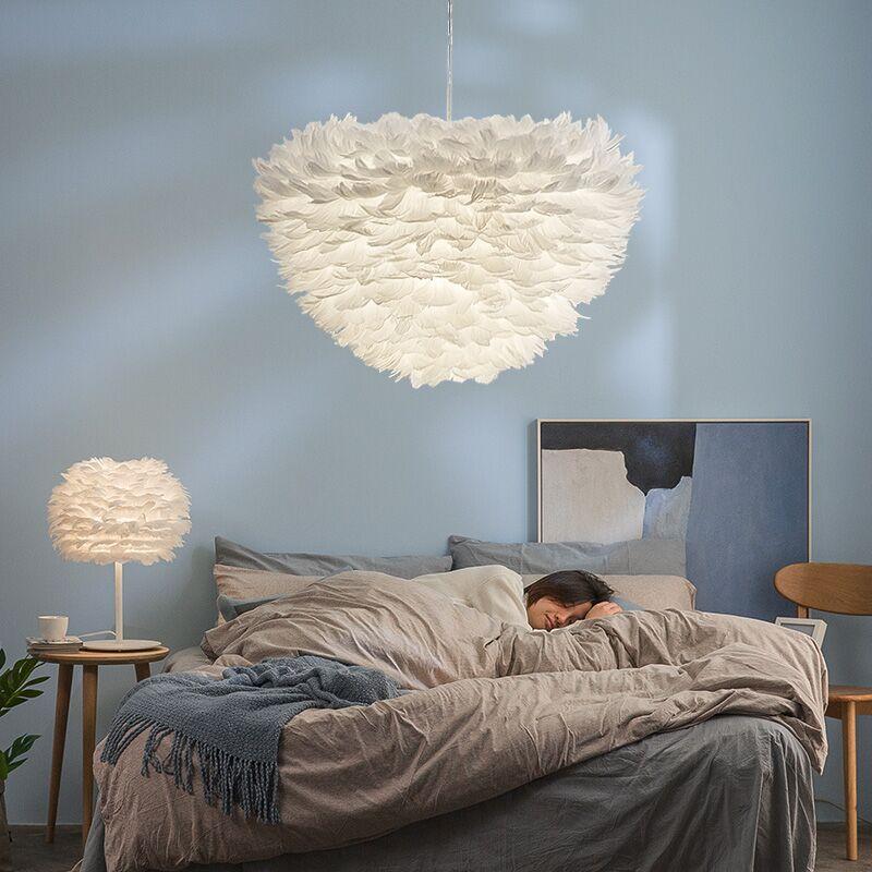 Işıklar ve Aydınlatma'ten Kolye ışıkları'de Yatak odası avize romantik İskandinav modern yatak odası led lamba oturma odası avize otel lobisinde kişilik tüy ışık title=