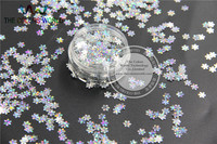 ZXHL08 92 Amazing Sequins Snowflake Shape Holographic Silver Color Accessory For Nail Art Or DIY Decoration