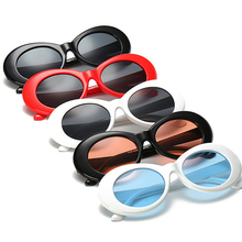 8669c9b0e9245 2018 Novos óculos de Sol Oval kurt cob óculos Mulheres Homens Retro óculos  de sol óculos limpar óculos de Lente azul Óculos de S..