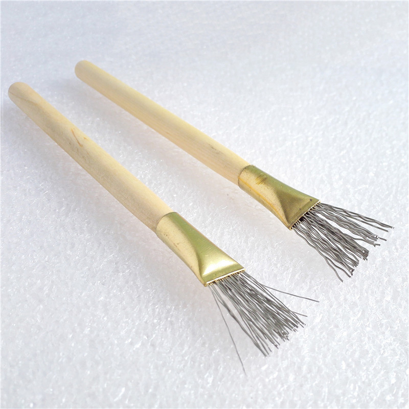 2 stk. Træhåndtag Tykt / Tyndtjern Wire Brush Clay Tool til fremstilling af Clay Doll Hair Model Hair Indentation Pen Art Supplies