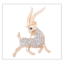 Fake gold jewelry white crystal garment brooch punk luxury hand of the king rose gold animals broch bouquet violetta girls