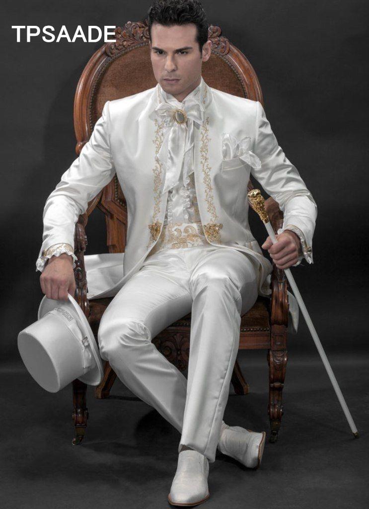 Erkek Kıyafeti'ten T. Elbise'de Beyaz Standı Yaka Erkek Takım Elbise Standı Yaka Moda Smokin Işlemeli Asil Terno Ince Blazer (Ceket + Pantolon + Papyon + mendiller)'da  Grup 1