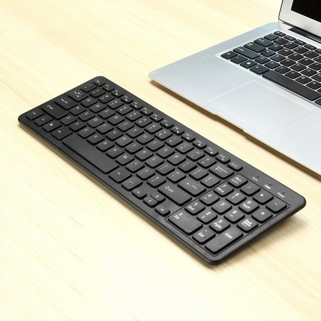 Mini Wireless Keyboard Multifunctional Computer Table PC Hand-held Portable Touchpad