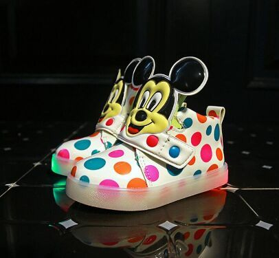 New European Fashion Lighted up LED kids sneakers Elegant Lovely baby boys girls shoes boots hot sales cool children shoes
