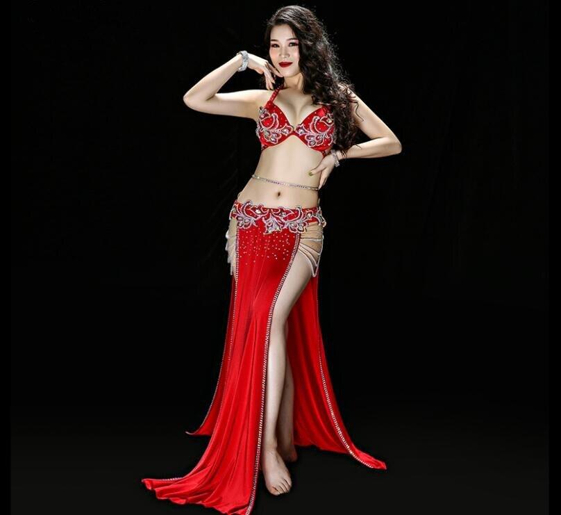 Danse du ventre Performance Costume de luxe femmes 4 pièce deux côtés fente jupe perle strass danse orientale spectacle porter