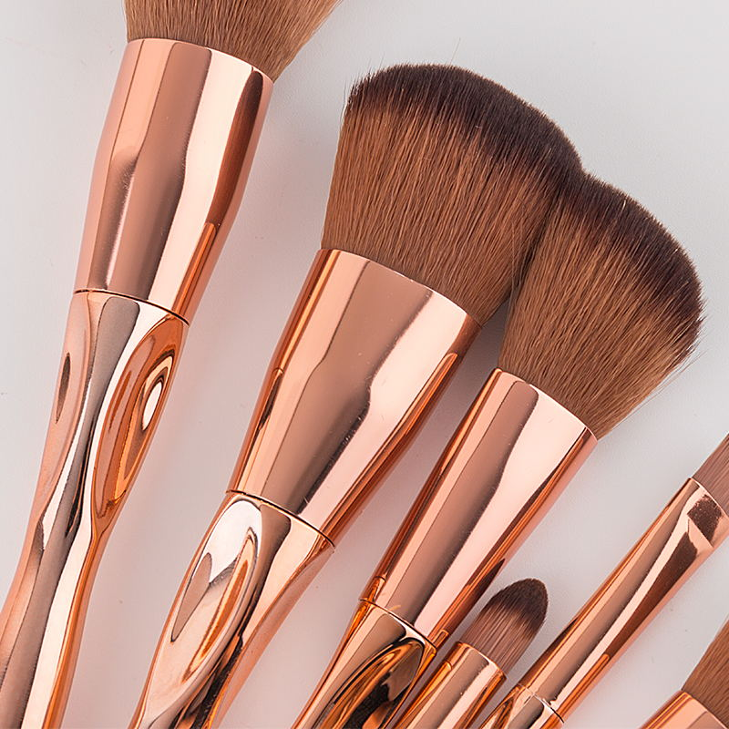 High Quality Makeup Brush Set 7pcs Special Professional Real Brushes Heart Shaped Brushes Soft Bristle Makeup Tool Kits in Eye Shadow Applicator from Beauty Health