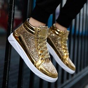 Image 1 - Мужские кроссовки с высоким берцем, удобные повседневные уличные кроссовки золотистого и серебряного цвета, 2019