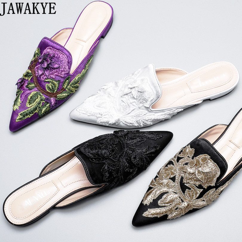 JAWAKYE Spring summer silk velvet Slippers women Embroidery flower Shoes flat Heels lazy loafers Pointed Toe flip flops mules