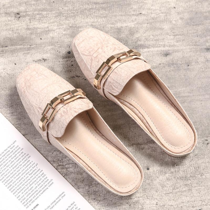No heel lazy slippers flat baotou half slippers 2018 new fashion wild wear.
