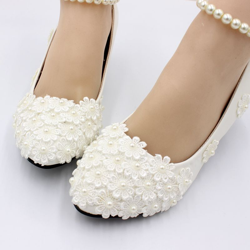 493084e78e US $29.25 35% OFF|New 2019 designer lace ivory pearls wedding shoes bride  NQ194 elegant beading strap bridal lady party dancing shoe heel 5CM-in ...