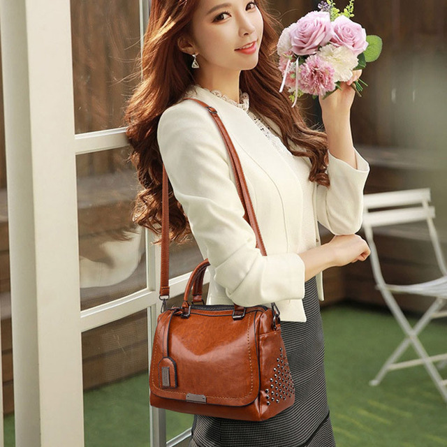 Oil Wax Leather Handbags  1
