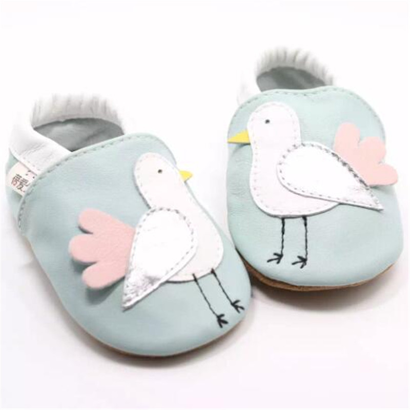100% Genuine Leather Baby Girl Shoes Soft Soled Newborn Baby Slippers Kids Shoes First Walkers calcado infantil menina 0-18M