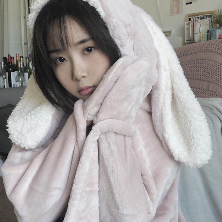 Cute Pink Comfy Blanket Sweatshirt Winter Warm Adults and Children Rabbit Ear Hooded Fleece Blanket Sleepwear Huge Bed Blankets 115