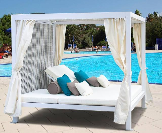 2017 New And Comfort Daytona Resin Rattan Outdoor Furniture Daybed
