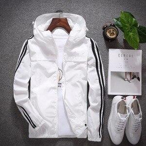 Eua tamanho casacos com capuz 2019 listra masculina impresso manga longa proteção solar casacos moda cor sólida fino zíper blusão