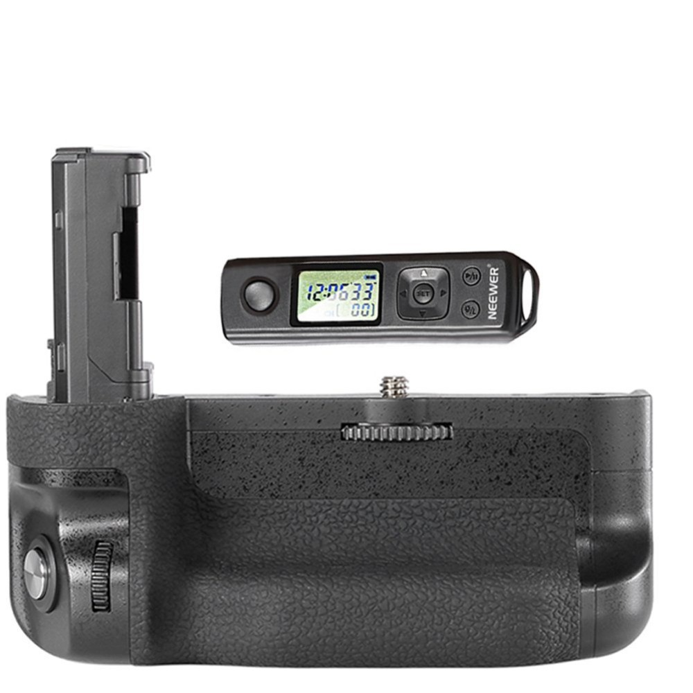 Neewer 2.4GHz Wireless Remote Control Battery Grip Replacement for VG-C2EM Screen Lock Works with NP-FW50 for Sony A7II A7R II neewer meike battery grip for sony a6300 camera built in 2 4ghz remote control work with 1 or 2 np fw50 battery