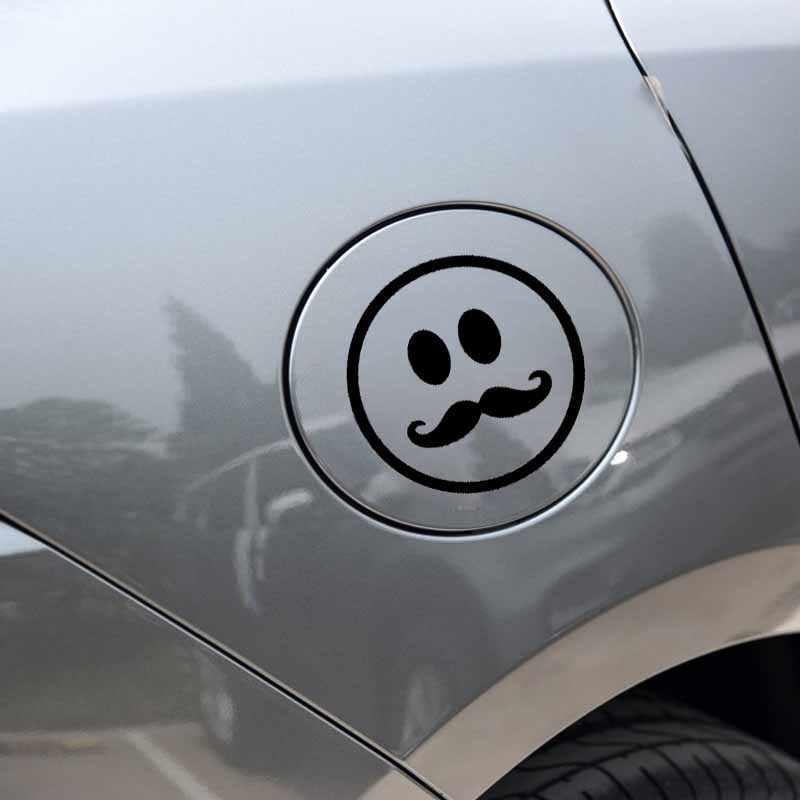 YJZT 10.4 سنتيمتر * 10.4 سنتيمتر مبتسم سعيد الوجه الشارب الفينيل صائق سيارة ملصقا أسود/الفضة C3-0458