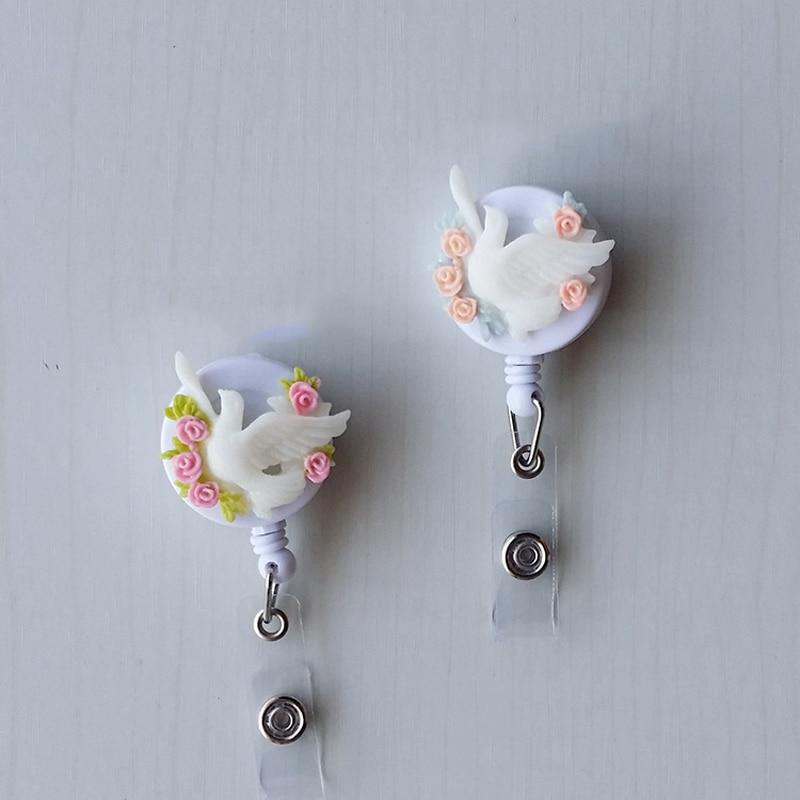 Cute Cartoon Love Bear Mini Retractable Badge Reel Exhibition Pull Key Holder